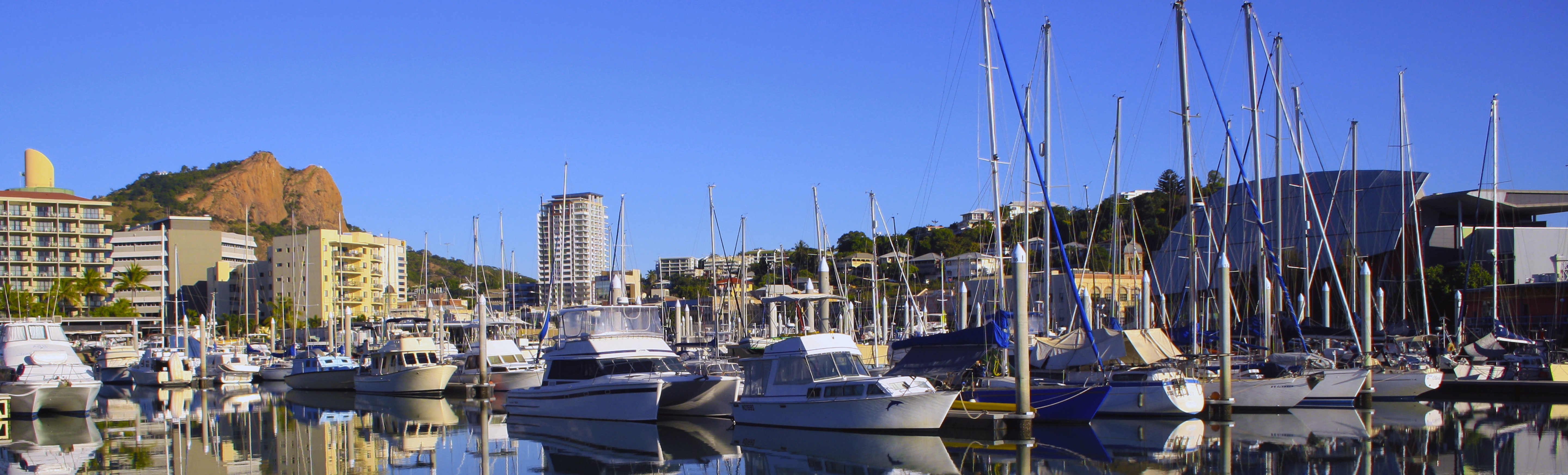 Townsville-Marina_Cropped_1900x5751
